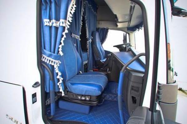 truckerladen lkw innenausstattung lkw zubeh r trucker. Black Bedroom Furniture Sets. Home Design Ideas